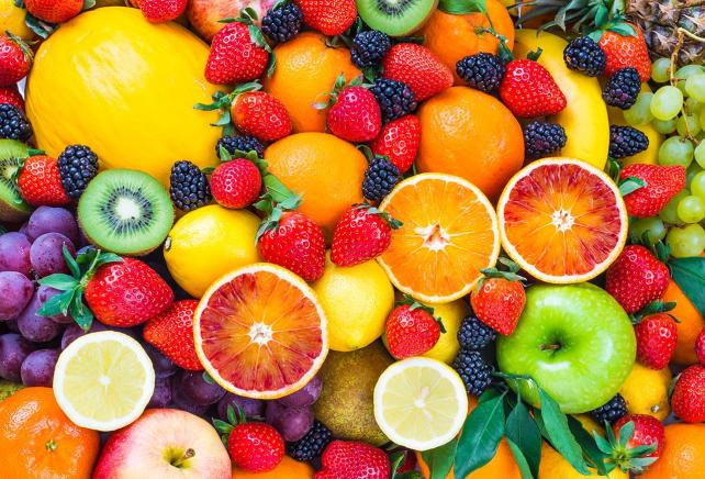 Зачем нужно есть фрукты, если можно просто пить фруктовые соки - TwitNow.ru