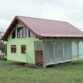 Муж построил вращающийся дом, чтобы его жена наслаждалась разными видами из окна